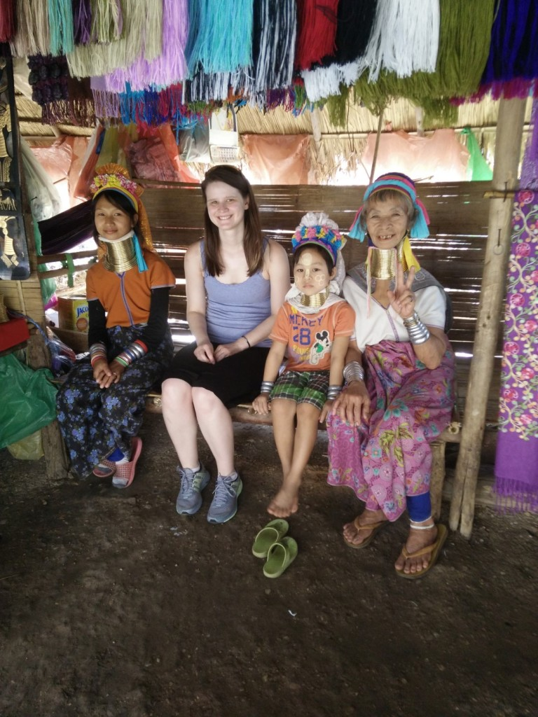 A picture with the tribe women.