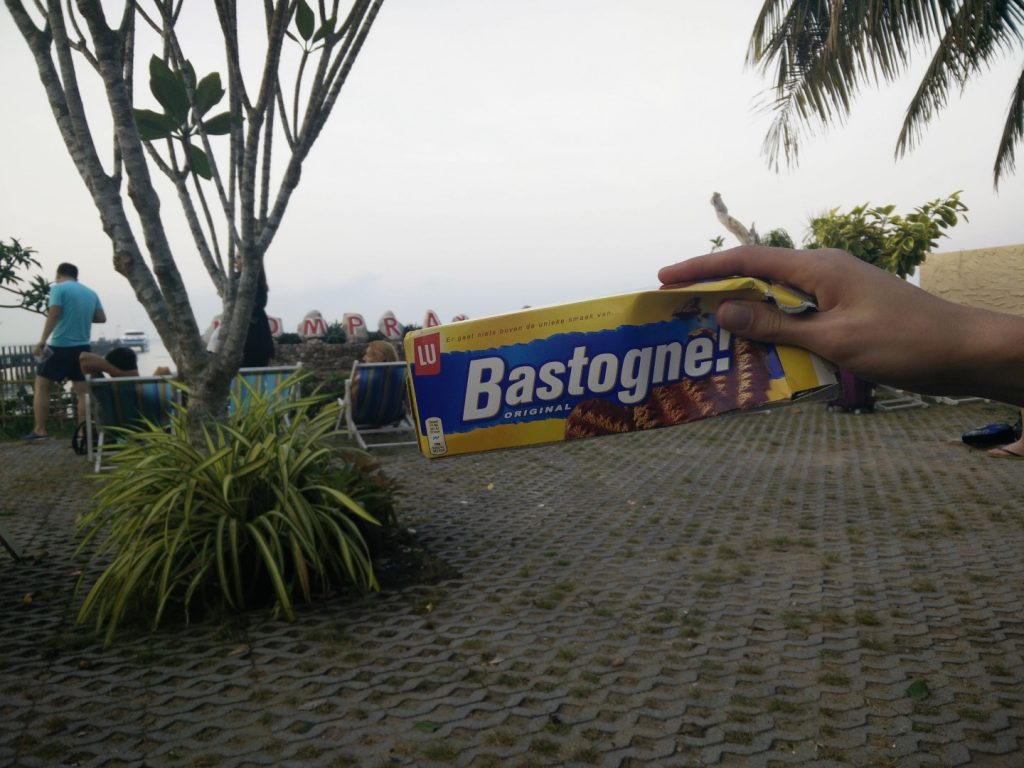 I met a Dutch guy who shared some Bastogne on our way to Koh Tao :)