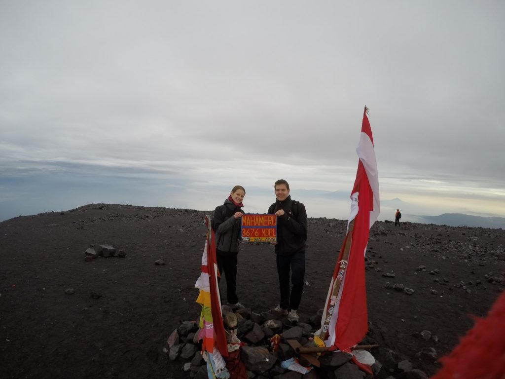 Our triumphant picture. 3676 meters above sea level - check!