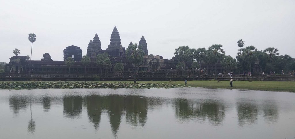My failed attempt to take one of them arty photos of Angkor Wat.